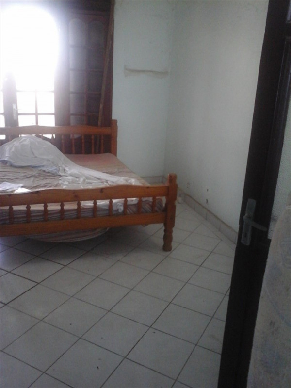 Sale apartment Le moule 130000€ - Picture 2