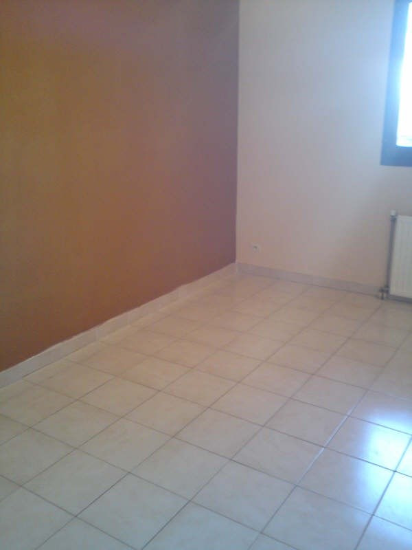 Sale apartment La crau 270 000€ - Picture 5