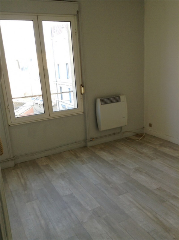 Location appartement 02100 437€ CC - Photo 4