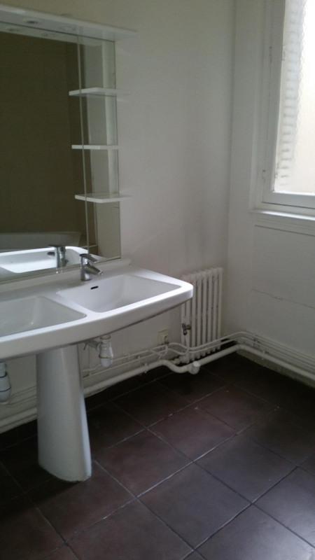 Alquiler  apartamento Paris 16ème 4010€ CC - Fotografía 8