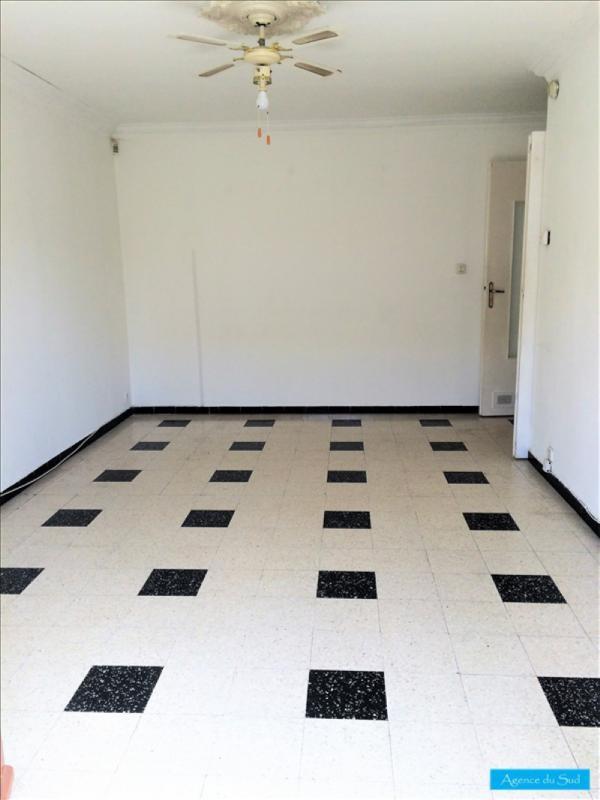 Location appartement Aubagne 760€ CC - Photo 1
