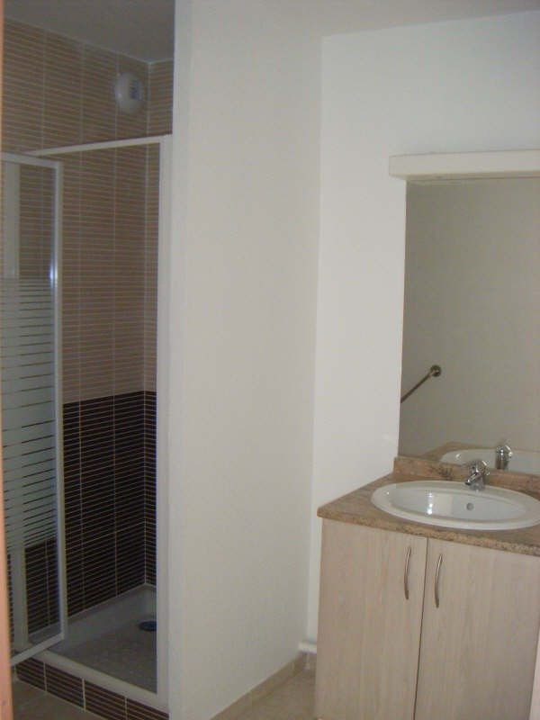 Rental apartment Beziers 403€ CC - Picture 4