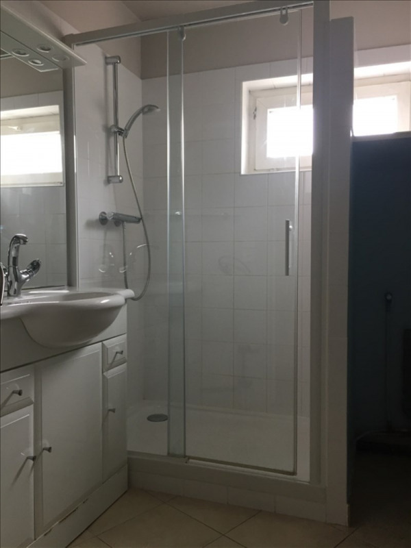 Location appartement Rueil malmaison 1080€ CC - Photo 6