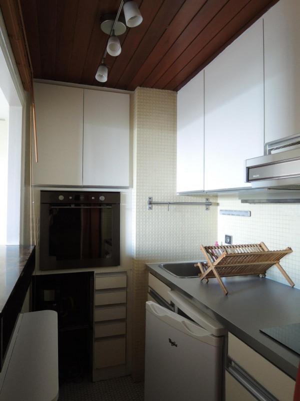 Rental apartment Paris 8ème 1390€ CC - Picture 4