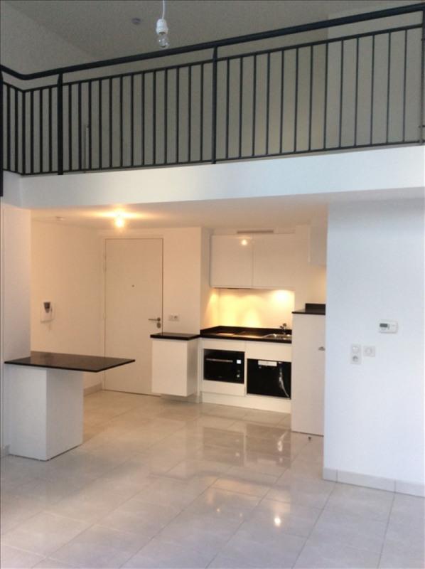 Rental apartment Bois colombes 1062€ CC - Picture 3