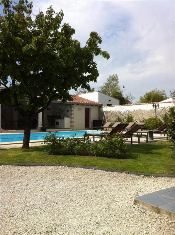 Deluxe sale house / villa St vivien 705000€ - Picture 3