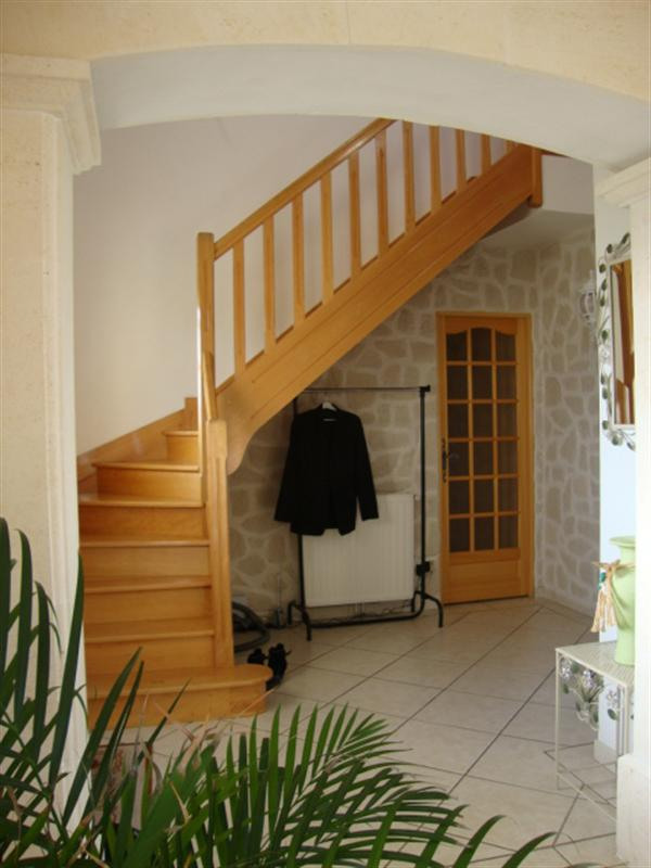 Sale house / villa Loulay 274 300€ - Picture 8