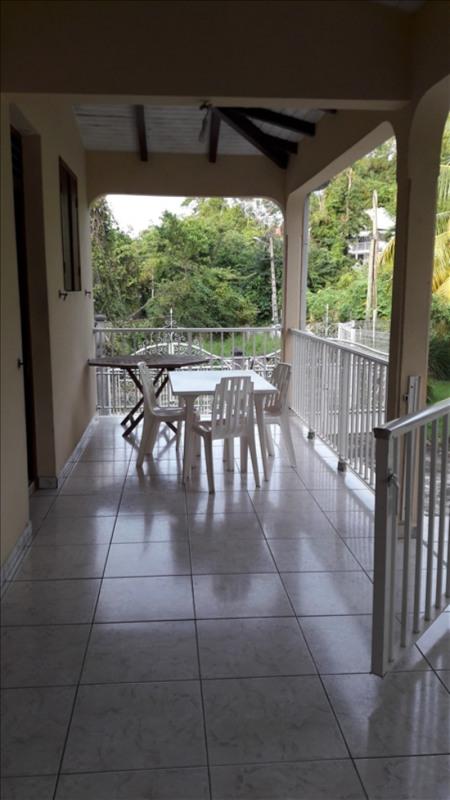 Rental house / villa Le gosier 950€ CC - Picture 2