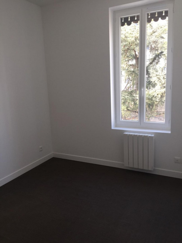 Sale apartment Lyon 8ème 169 000€ - Picture 3