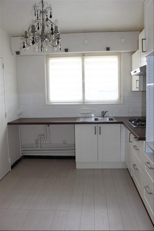Rental apartment Marly le roi 1 180€ CC - Picture 2
