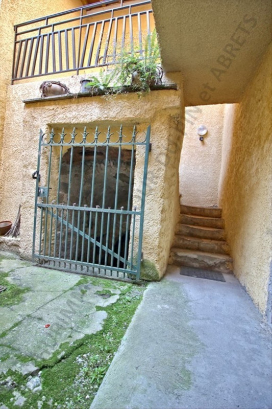 Vente maison / villa Les abrets 159 000€ - Photo 10