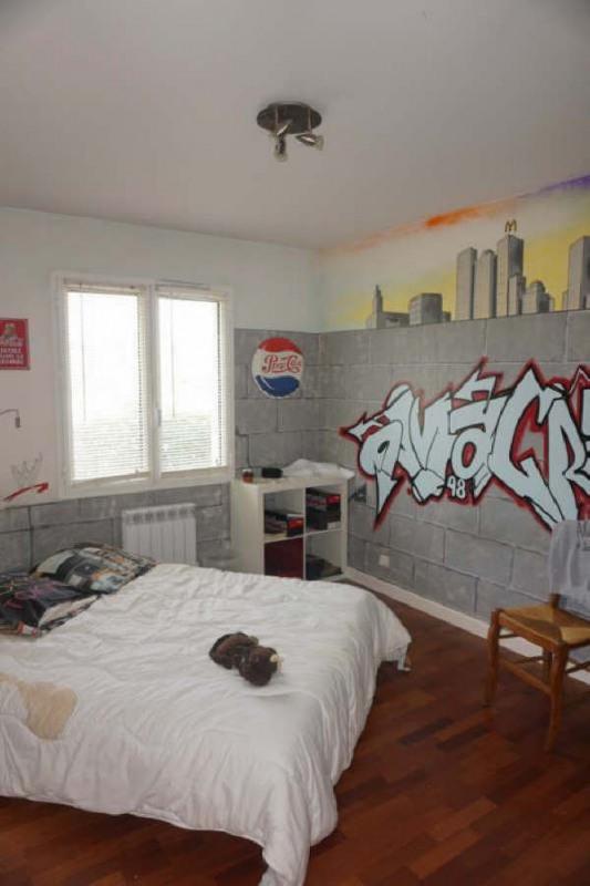 Sale house / villa St andre de cubzac 380000€ - Picture 6