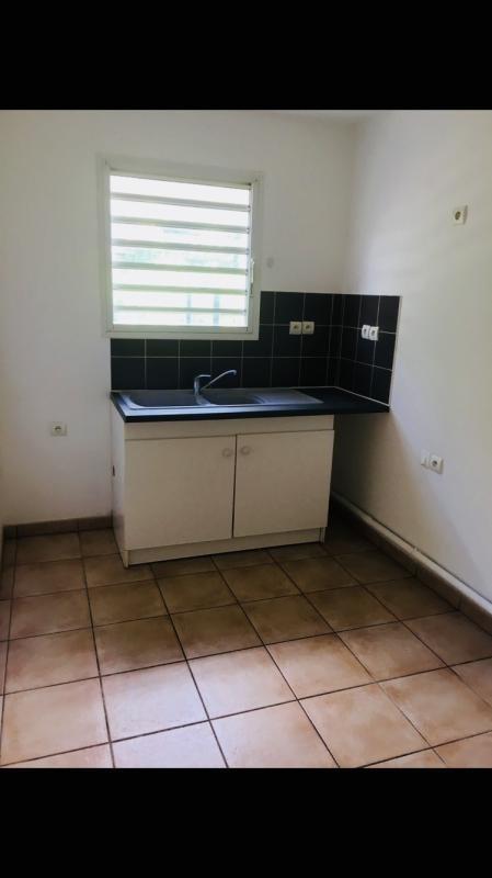 Alquiler  apartamento Ste clotilde 550€ CC - Fotografía 3