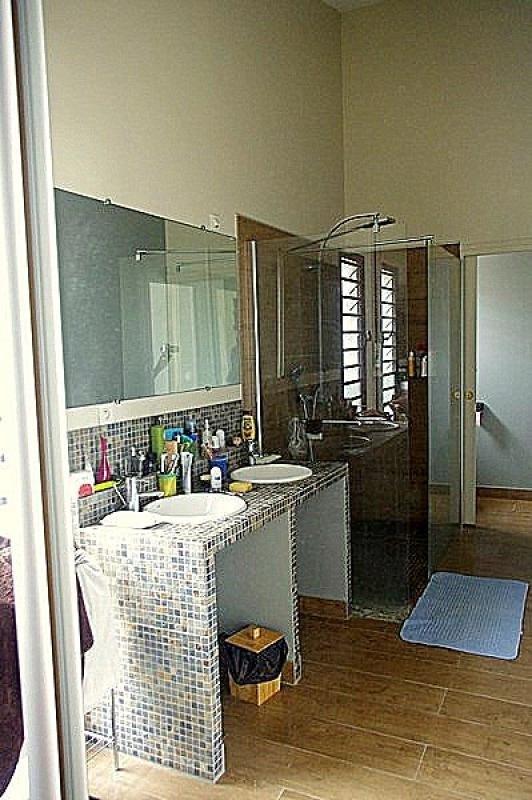 Deluxe sale house / villa St gilles les bains 808500€ - Picture 6