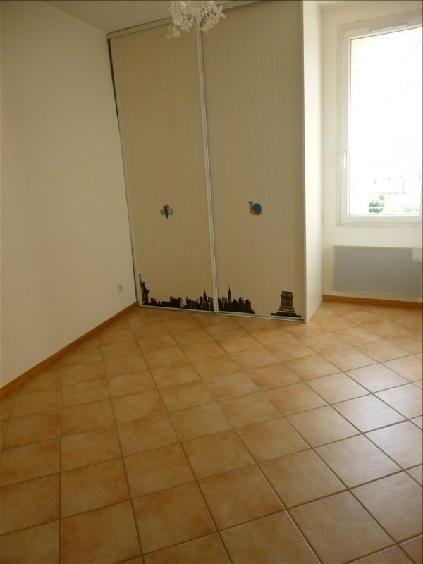 Location appartement Manosque 650€ CC - Photo 4
