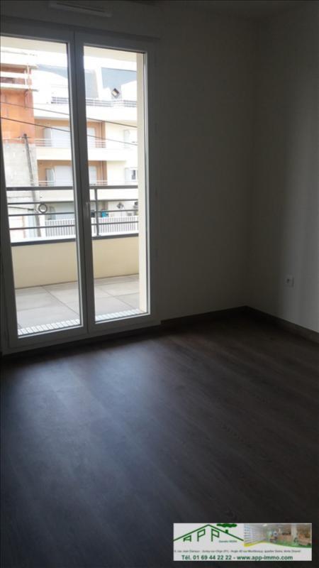 Rental apartment Draveil 750€ CC - Picture 4