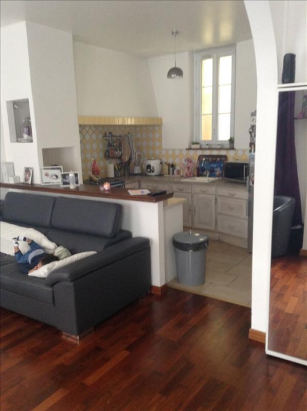 Location maison / villa St quentin 550€ CC - Photo 2