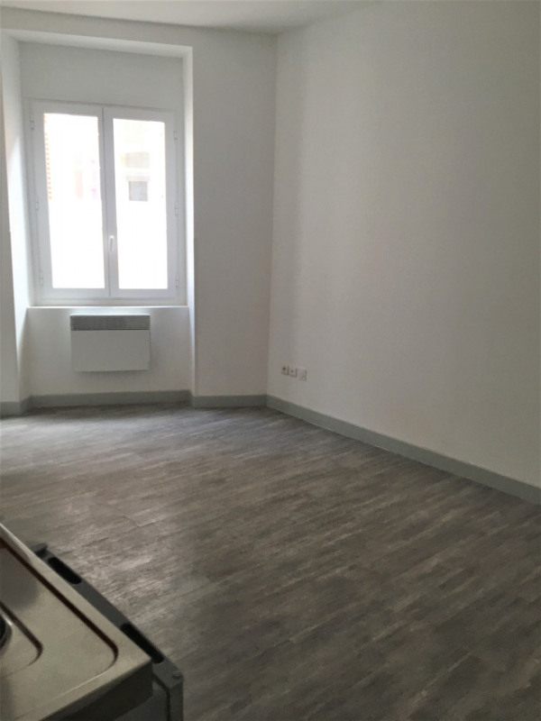 Location appartement Aubagne 620€ CC - Photo 2