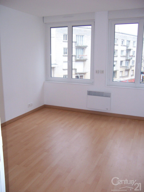 Verhuren  appartement Caen 595€ CC - Foto 5