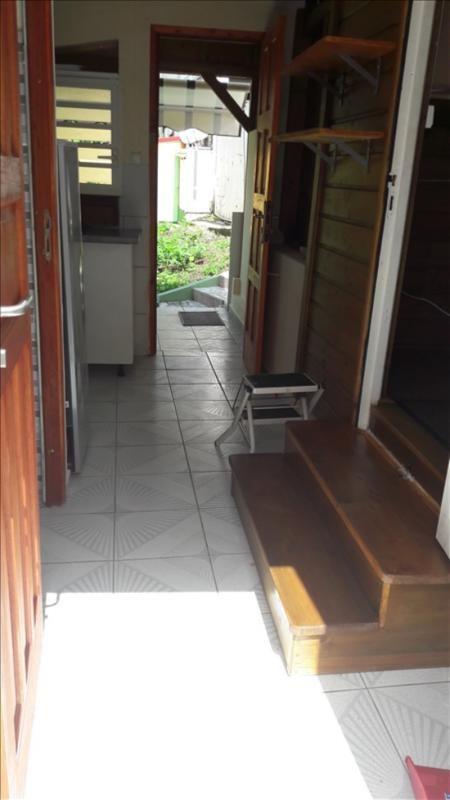 Rental house / villa Le gosier 500€ CC - Picture 1