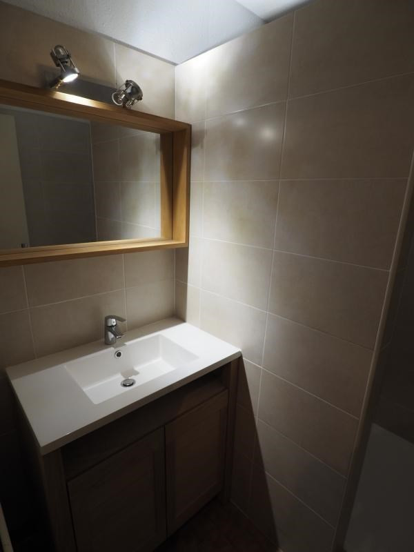 Verkoop  appartement Bagnols sur ceze 59900€ - Foto 5