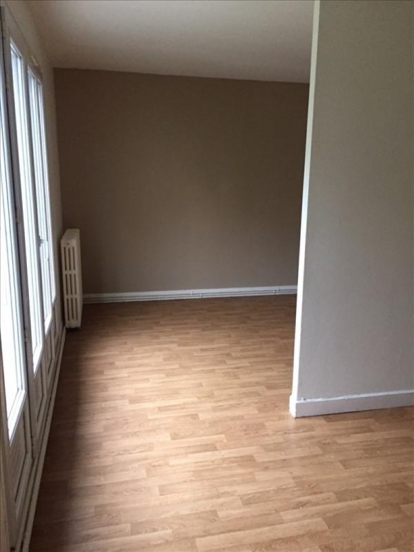 Location appartement Rueil malmaison 795€ CC - Photo 2