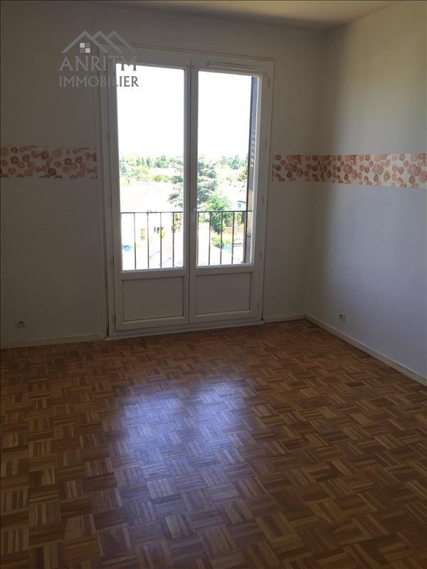 Rental apartment Plaisir 926€ CC - Picture 4