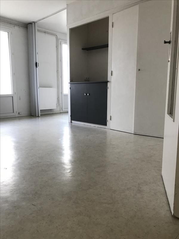 Sale apartment La rochelle 146 000€ - Picture 1