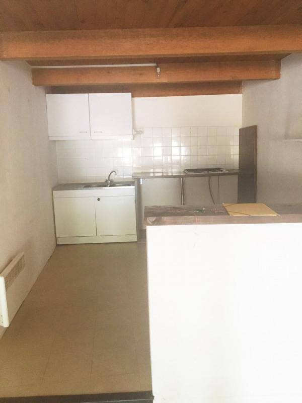 Location appartement Cuges les pins 830€cc - Photo 2