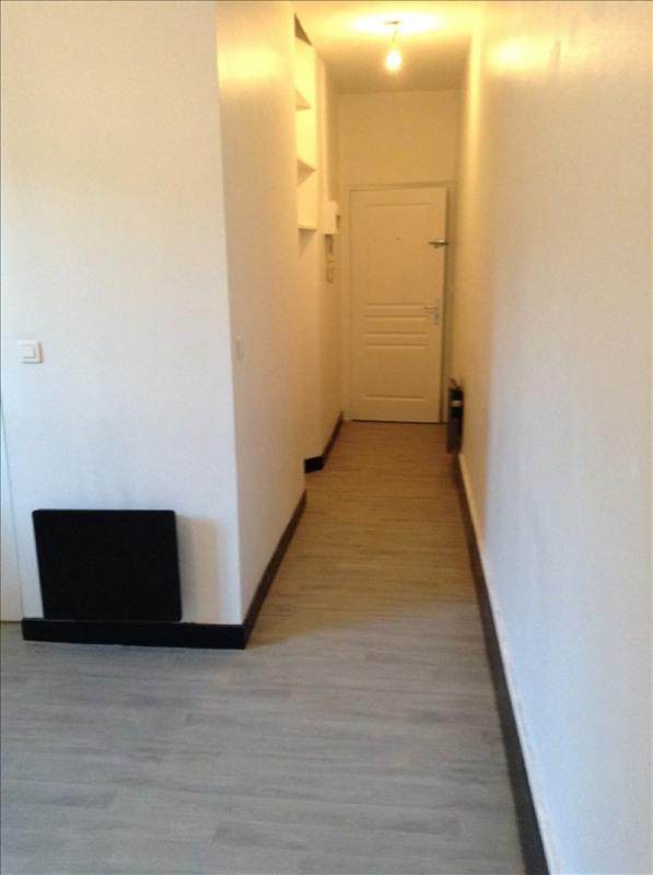 Rental apartment St quentin 350€ CC - Picture 5