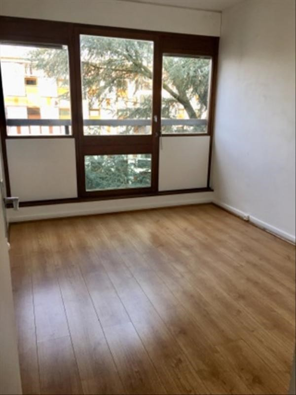 Rental apartment Le chesnay 1150€ CC - Picture 9
