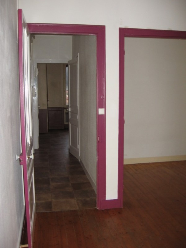 Location appartement Oullins 449€ CC - Photo 4
