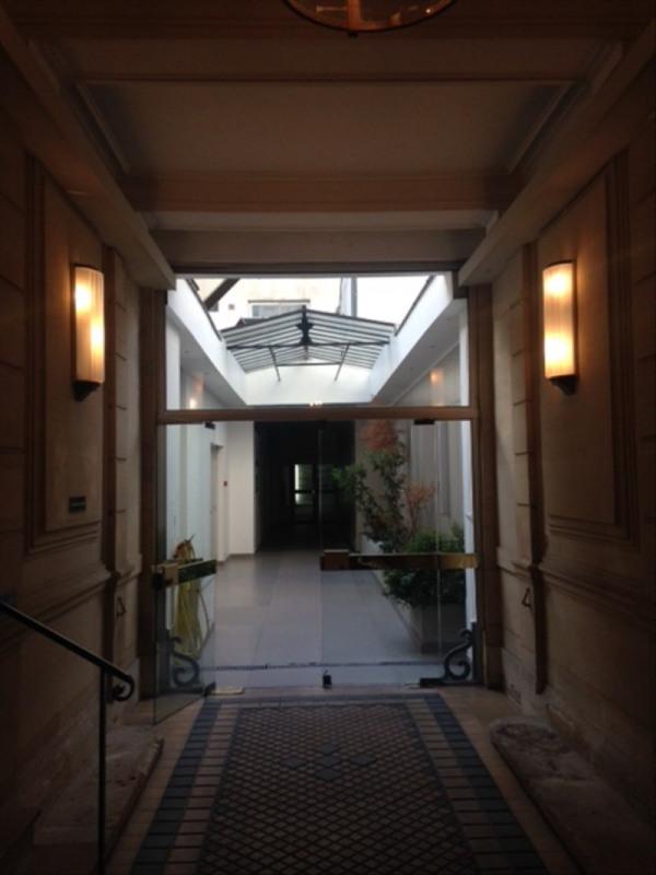 Location bureau Paris 16ème 8125€ HT/HC - Photo 3