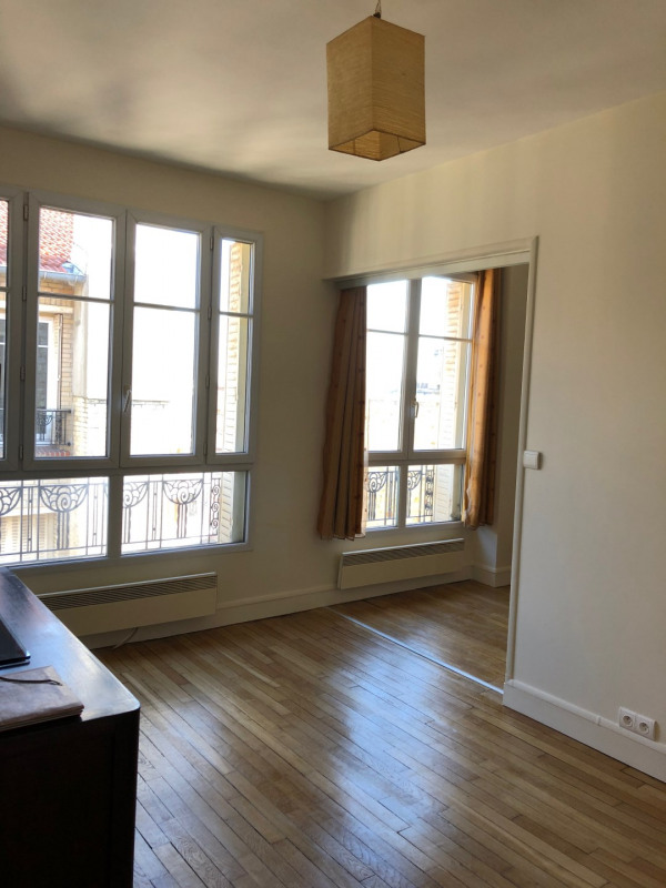 Sale apartment Clamart 230 000€ - Picture 2