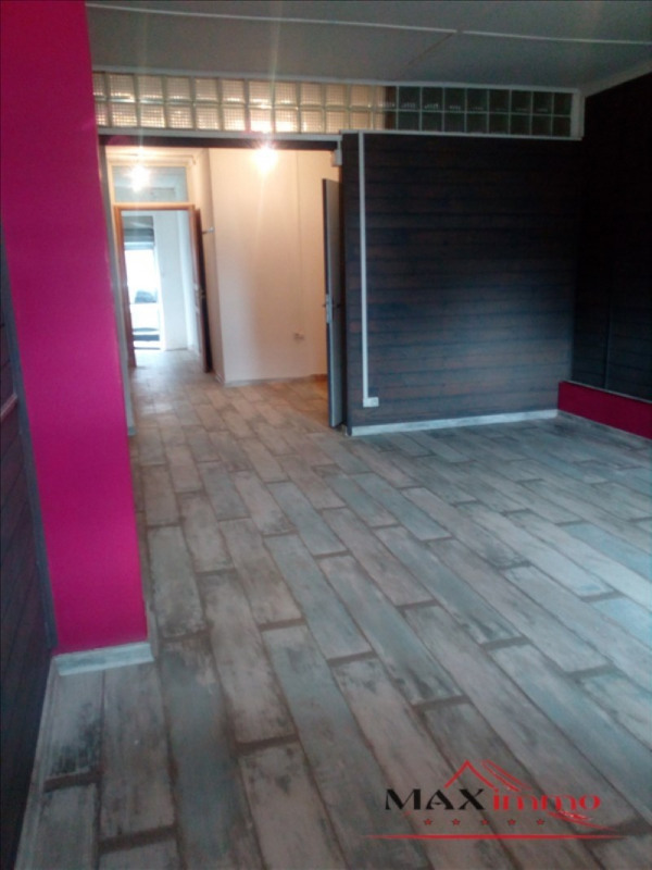 Location local commercial St pierre 1000€ HT/HC - Photo 1