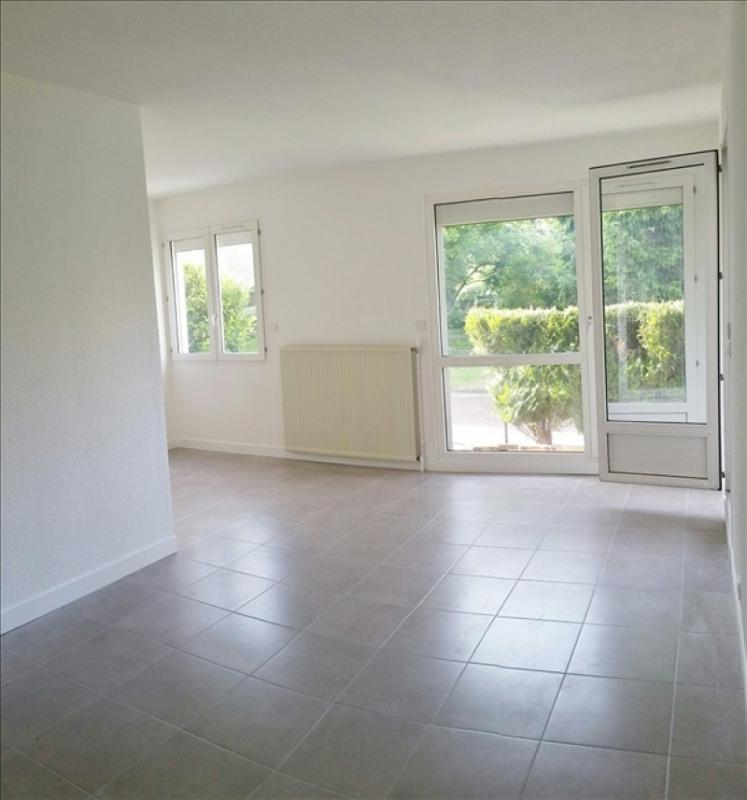 Location appartement Chatou 949€ CC - Photo 8