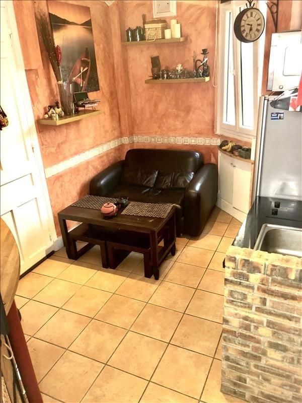 Location appartement Courbevoie 910€ CC - Photo 2