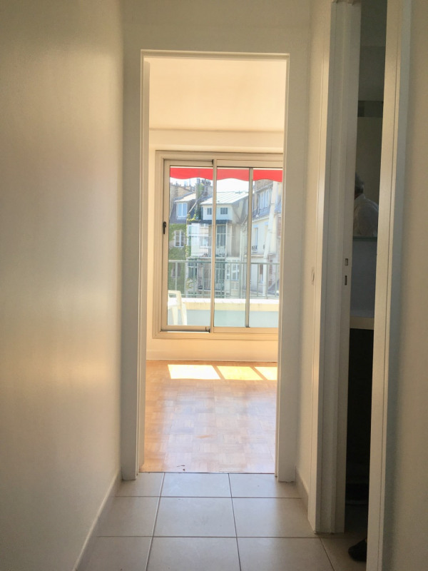 Location appartement Neuilly-sur-seine 970€ CC - Photo 4