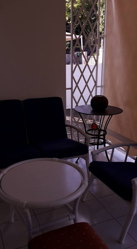 Investment property house / villa St claude 288 750€ - Picture 6