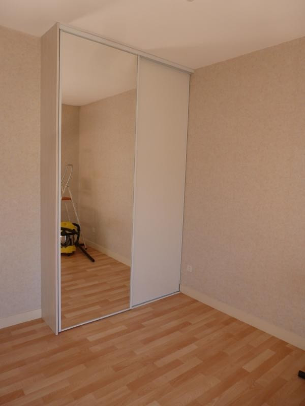 Location appartement Chatellerault 369€ CC - Photo 4