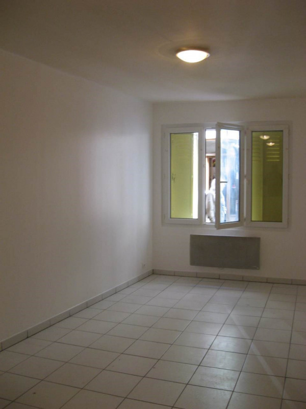 Location appartement Crest 502€ CC - Photo 3