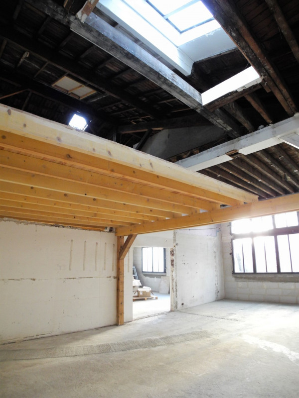 Sale empty room/storage Pantin 440 000€ - Picture 1