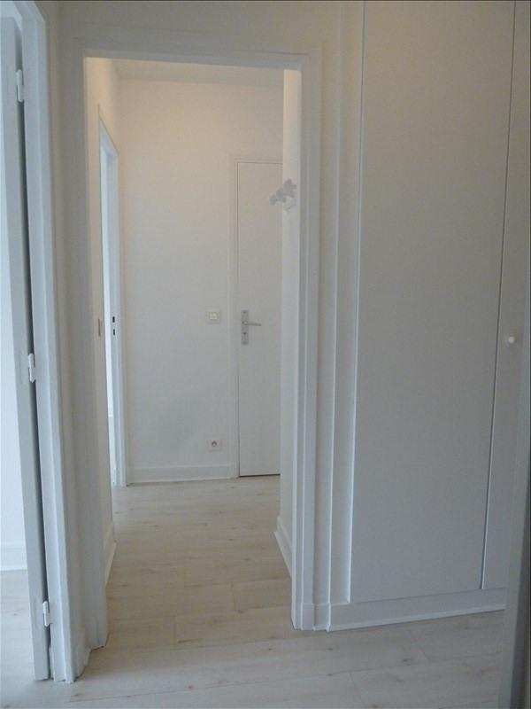 Locação apartamento Paris 15ème 1490€ CC - Fotografia 4