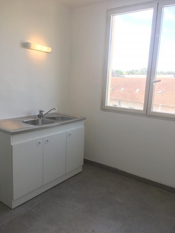 Rental apartment Poissy 900€ CC - Picture 4