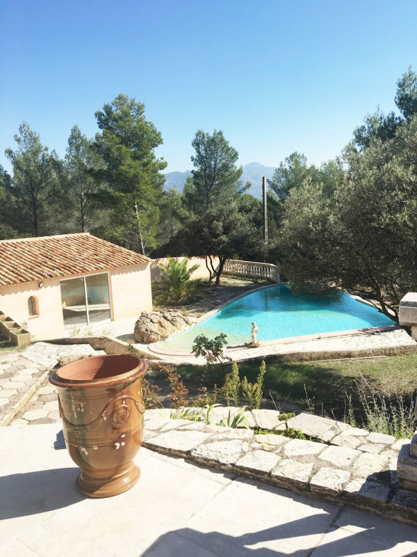 Location maison / villa Aubagne 2 700€+ch - Photo 6