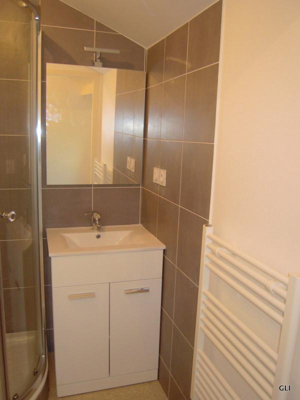 Rental apartment Lyon 6ème 440€ CC - Picture 2