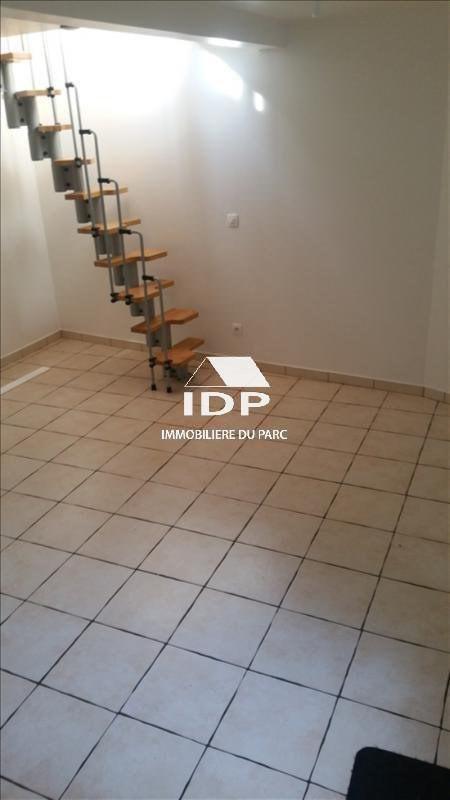 Location appartement Corbeil-essonnes 480€ CC - Photo 3
