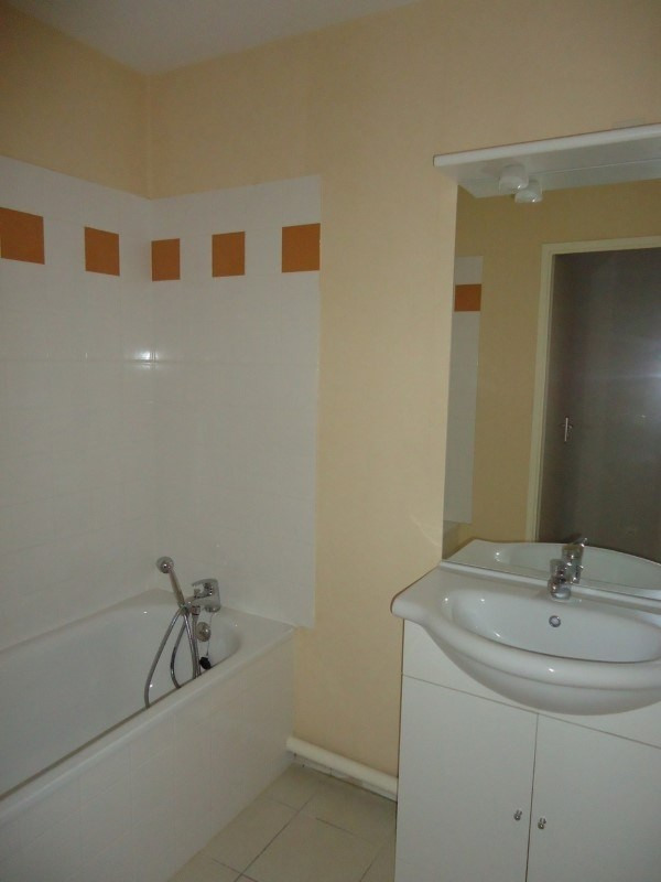 Sale apartment Lisieux 75 000€ - Picture 4
