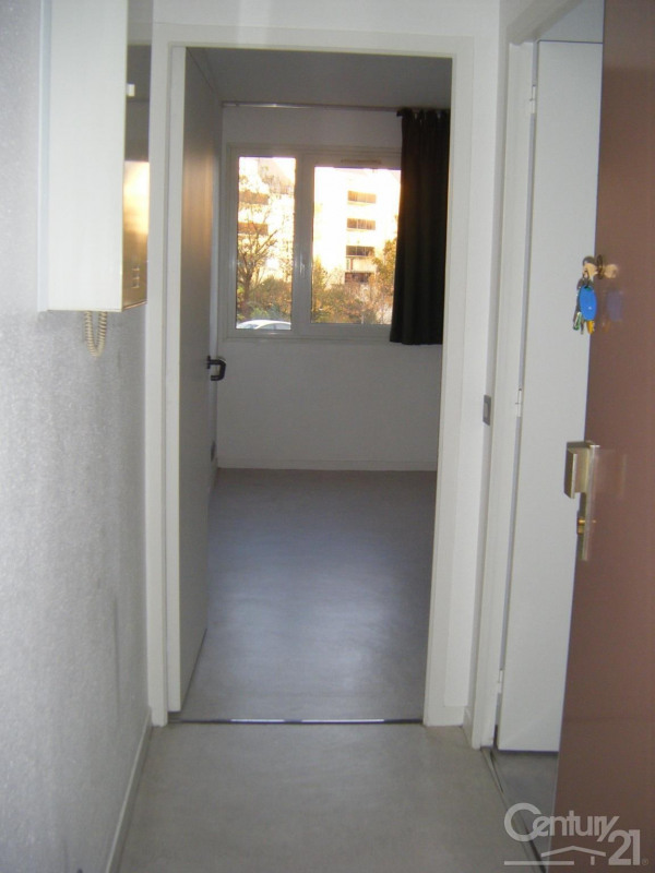 Location appartement Caen 385€ CC - Photo 2