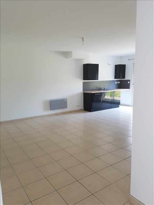 Location maison / villa Listrac medoc 765€ CC - Photo 1